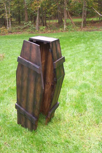 Building A Toe Pincher Coffin - Halloween Forum